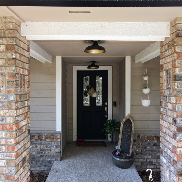 Real Estate Porch Shot