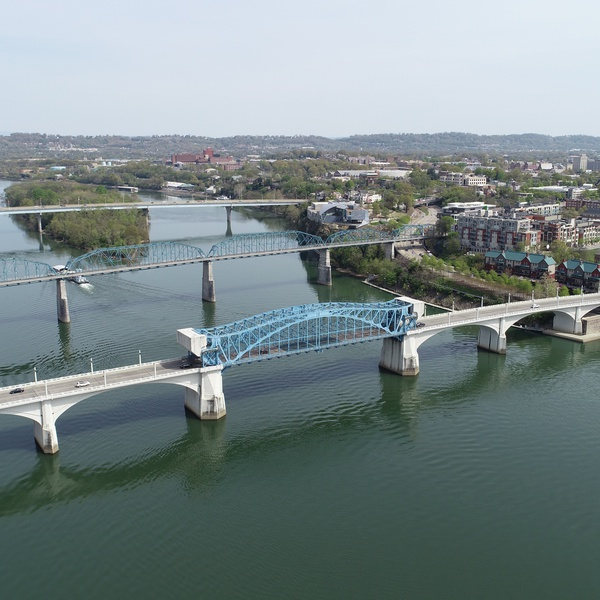 Tennessee River bridges in Chattanooga, TN