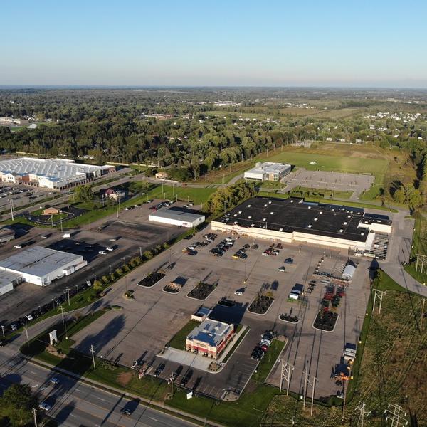 Commercial 400 feet AGL