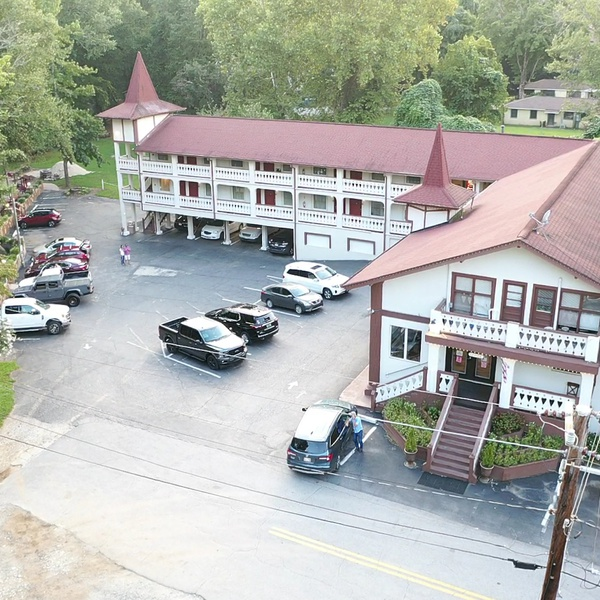 The Riverbend Hotel- Helen, Georgia