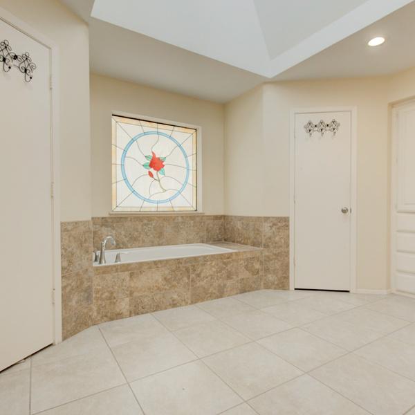 Interior - Master Bath 2