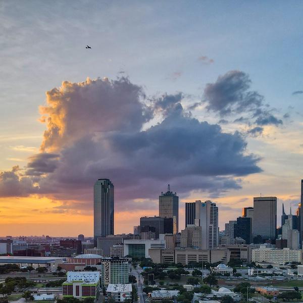 Cotton candy clouds.  Dallas, TX