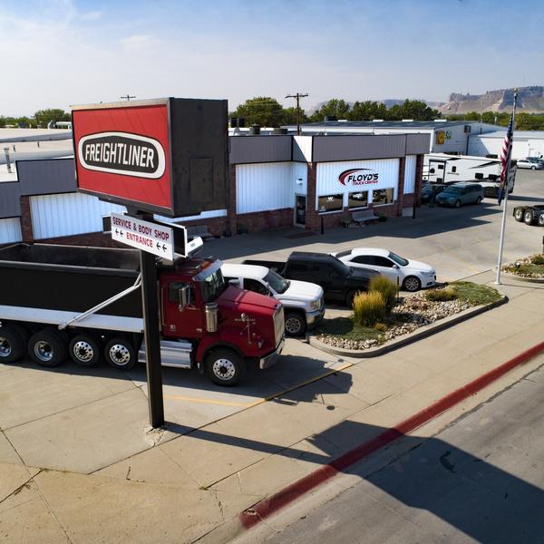 Floyd's Trucking