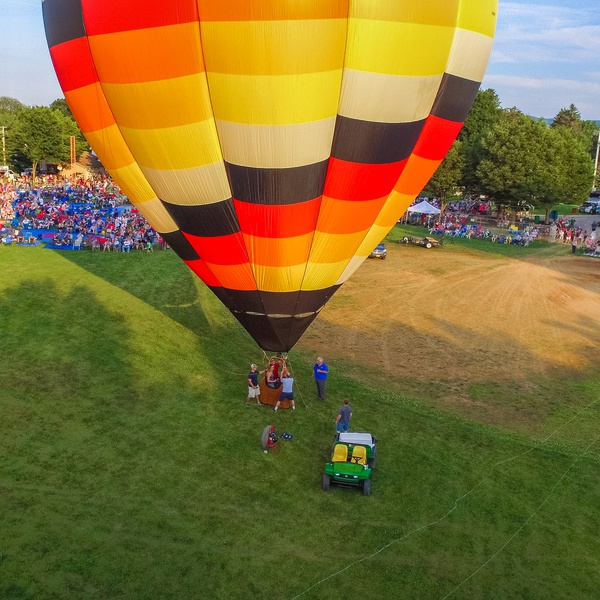 Hot air balloon, Independence event