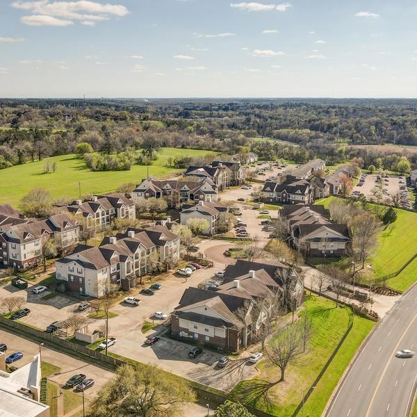 Commercial Real Estate / Nacogdoches, TX