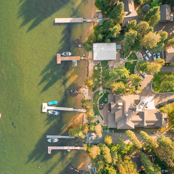 Lakeside Real-estate Top-down