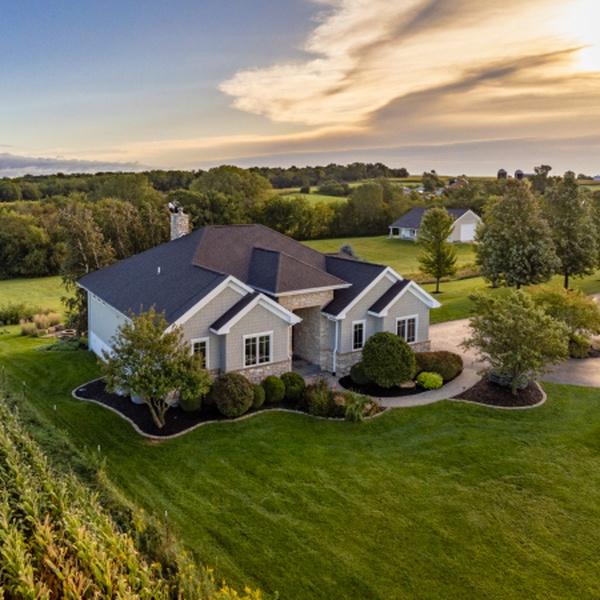 Real Estate - Thomson, IL