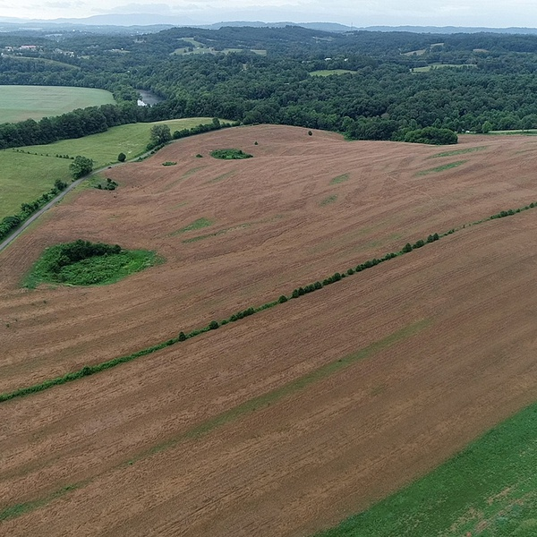 NewMarket Tennessee 220 Acre Lot - https://www.youtube.com/watch?v=uIURsS_Pd7E