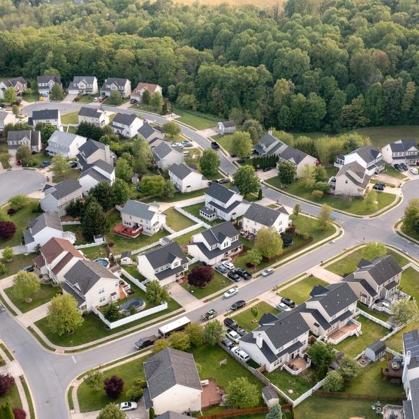 Community View around House